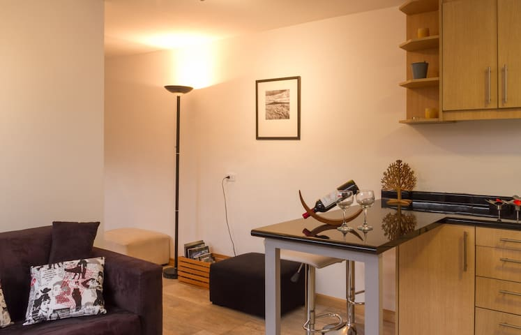 Suite with garden! great location residential area
