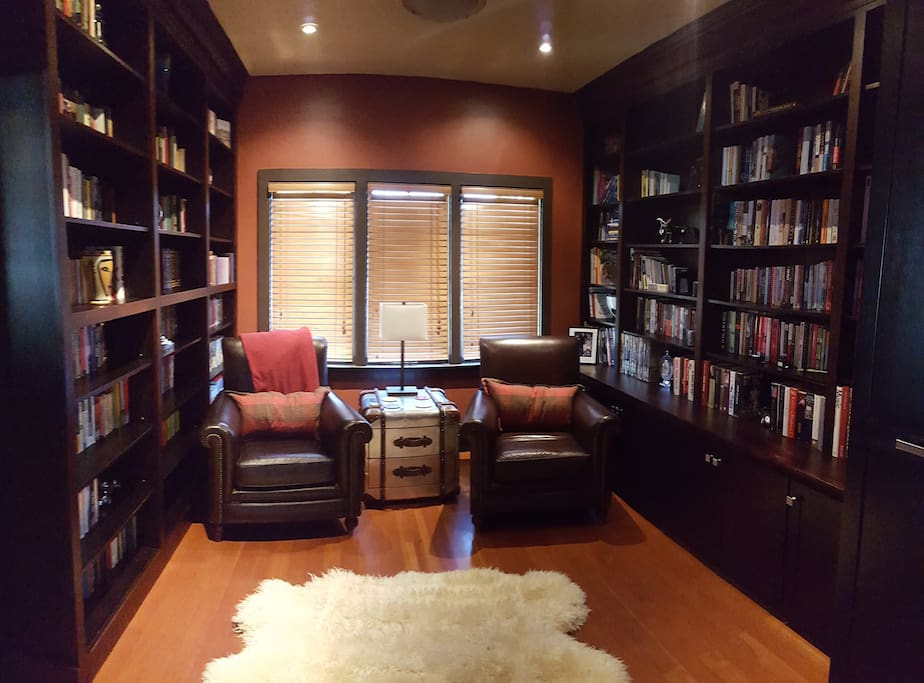 The house library has over 1000 books of all genres, and is a great place to relax.