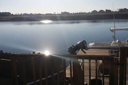 A9 Padre Island Waterfront Condo - Corpus Christi