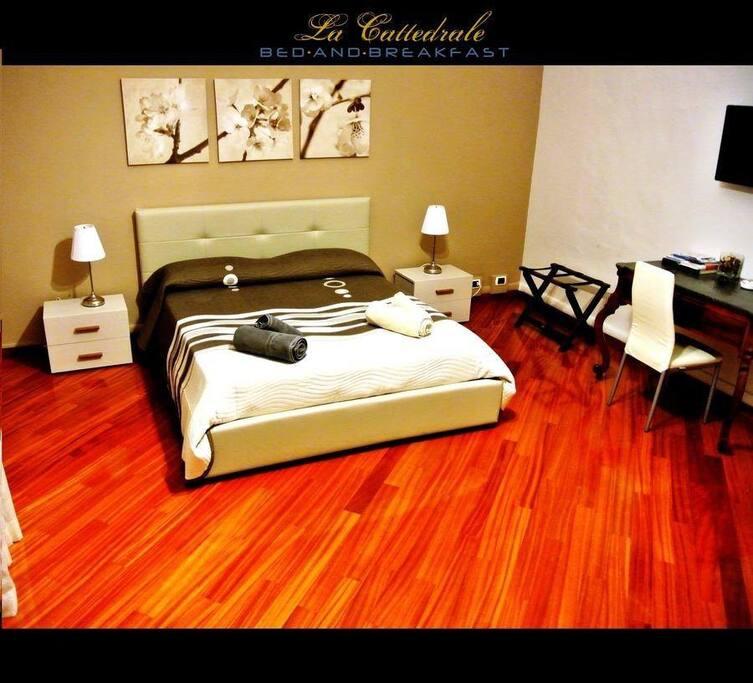 Camera max 4 beds