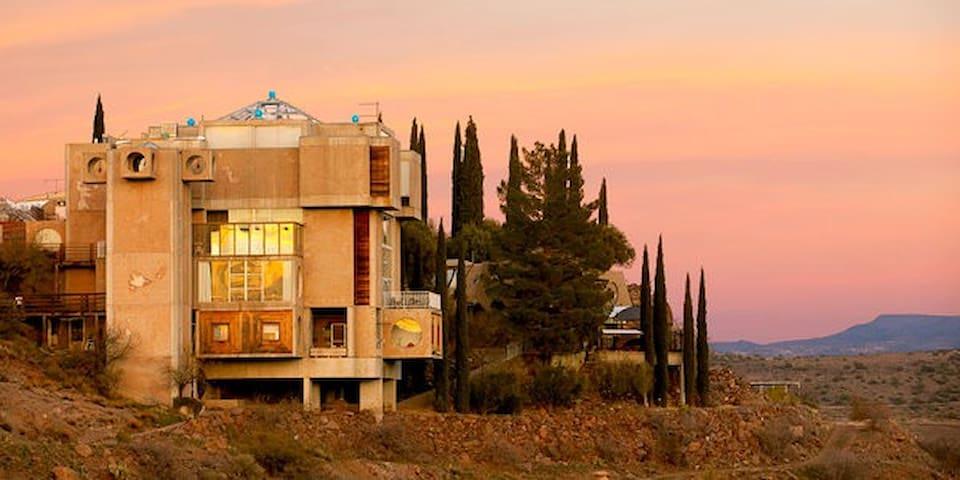 Architect's Loft - Mayer - Loteng Studio