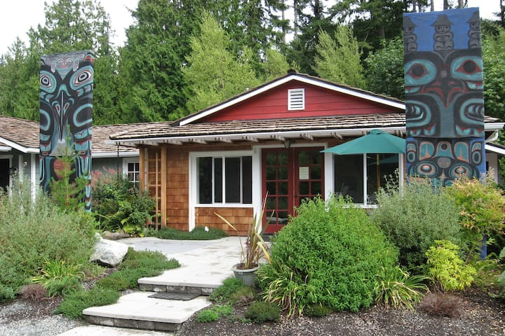 Northwest Language Cultural Center Guesthouse - Langley - Bed & Breakfast