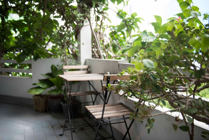 Artist Studio off Sathorn Road - Bangkok - Loft