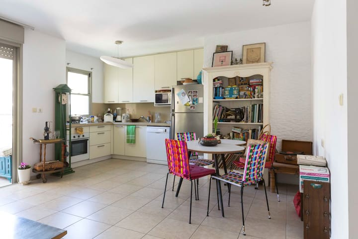 A beautiful place next to the flea market - Tel Aviv-Yafo - Apartment