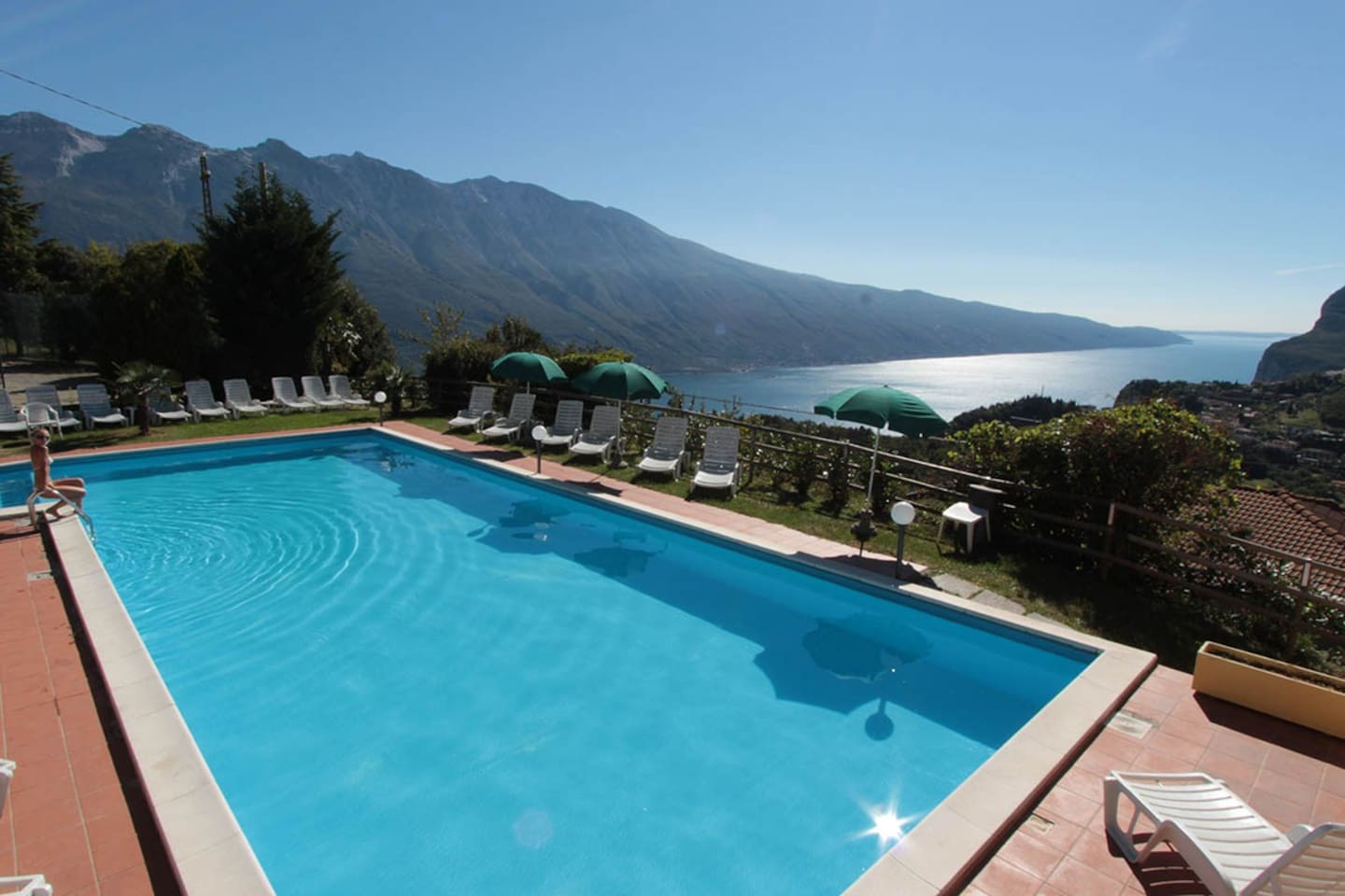 Outdoor pool (in common with other guests)