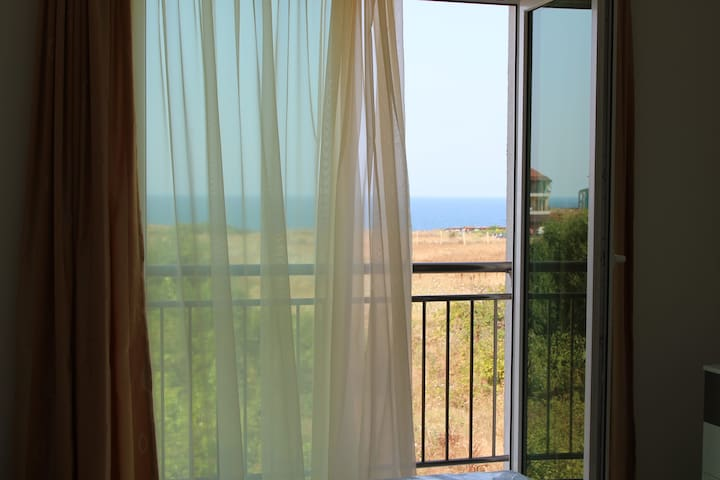 Flat for rent in Sinemorets