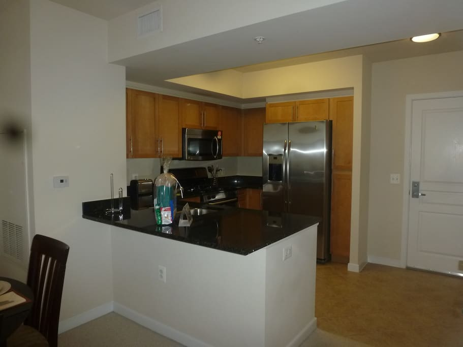 Luxury Furnished 1 Bedroom Arlington Apartment Apartments For Rent In Arlington Virginia