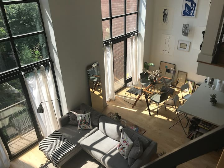 Beautiful sun-filled loft in heart of Williamsburg