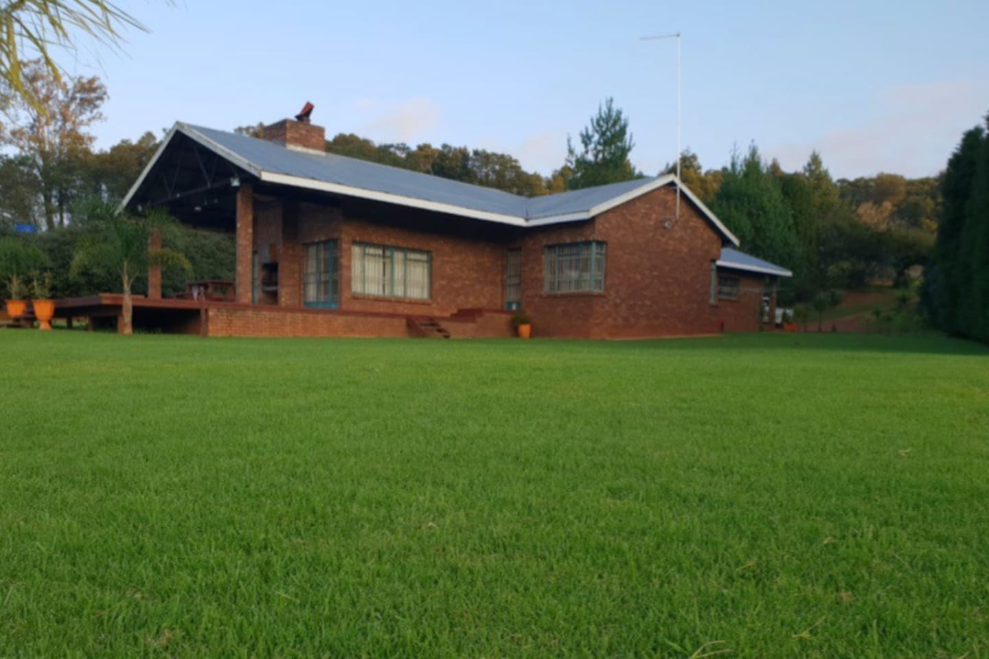 Red Cedar House - Self Catering Private Accommodation