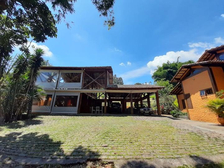 Chácara em Itapecerica da Serra- Somente familias