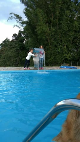 Casa piscina churrasqueira - Juquitiba  - Ev