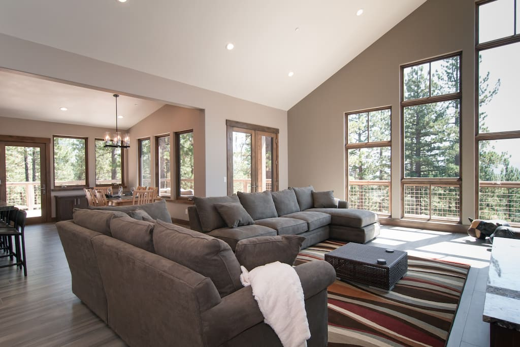 Large Spacious living room with plenty of seating