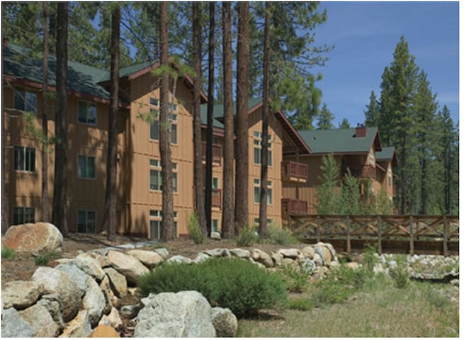 So. Shore Lake Tahoe / Zephyr Cove, NV 2 BR Condo
