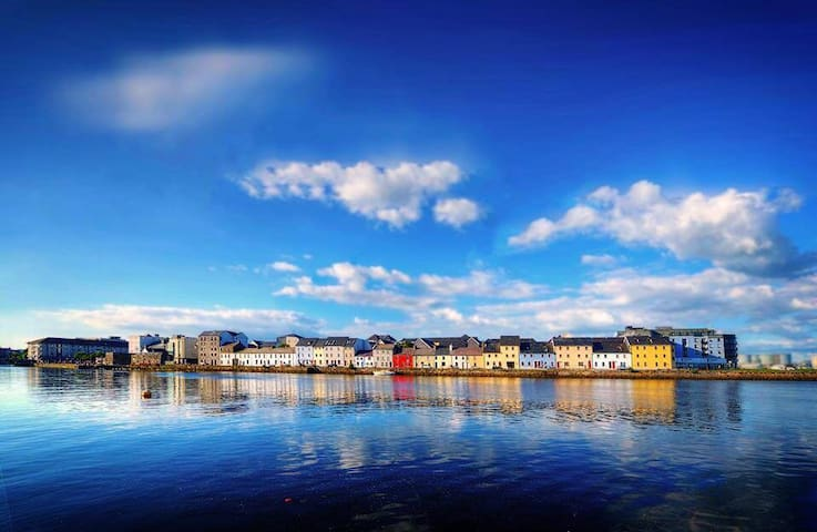 Most Photographed Street in Ireland-Best Location - Galway - House