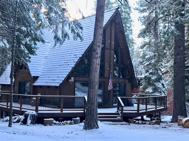 Bear Valley Ski Chalet