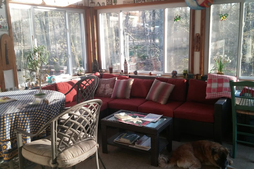 Sunroom...great for reading or relaxing