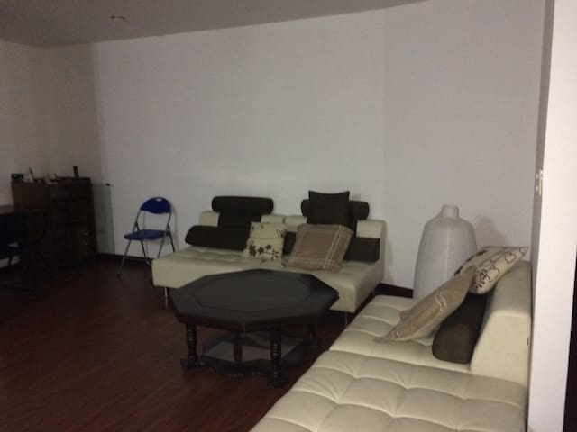 Nice fully furnished apartment - Loja - Wohnung
