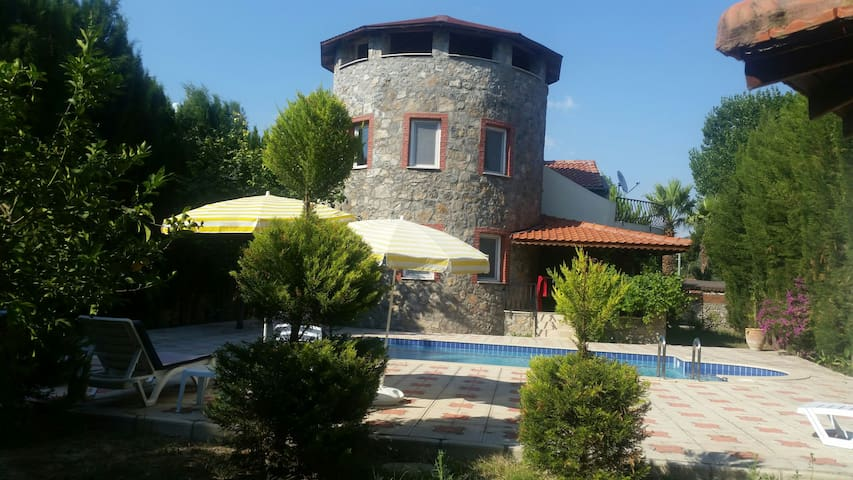 Private villa with pool away from eyes in Dalaman