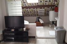 A A KWABA Chambre Suite Blanche chez l'habitant