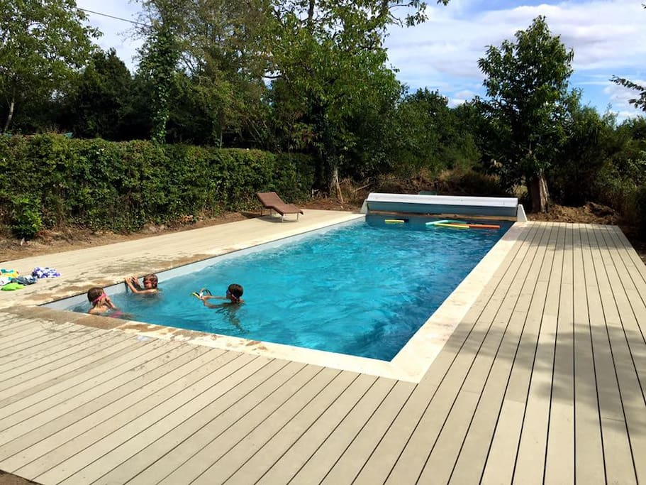 11 x 4m heated pool