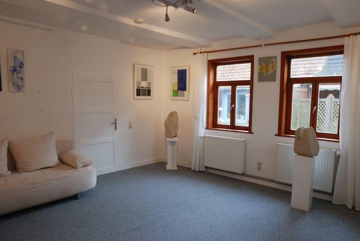 Wohnen im Atelier stein&bild Güntersen - Adelebsen - Pis