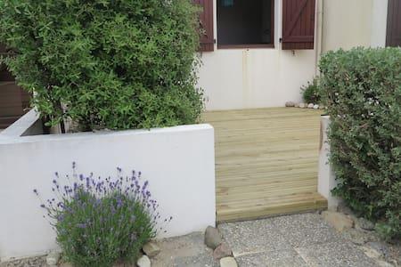 2 pièces avec jardin en bord de mer - Bretignolles-sur-Mer - Leilighet