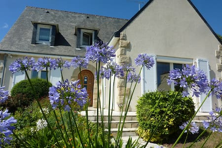 Chambres d'Hôtes l'Agapanthe   - Paimpol - Bed & Breakfast