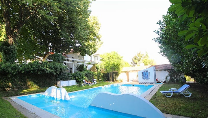 Villa with 6 bedrooms in Teixoso, with wonderful mountain view, private pool, furnished terrace - 200 km from the beach