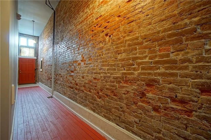 Lovely Lawrenceville Loft