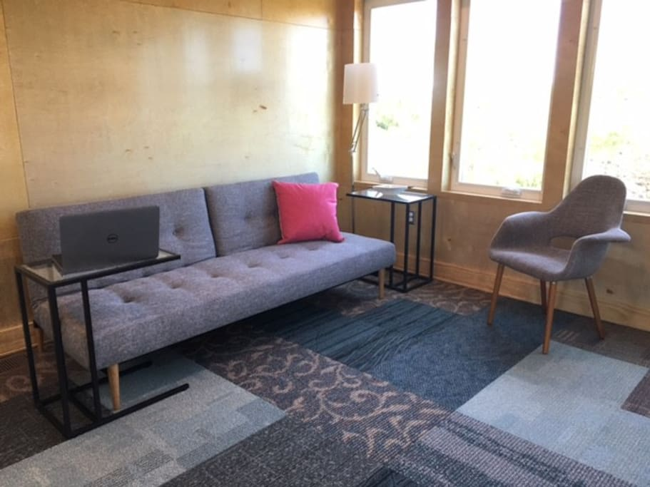 Guest room/yoga studio