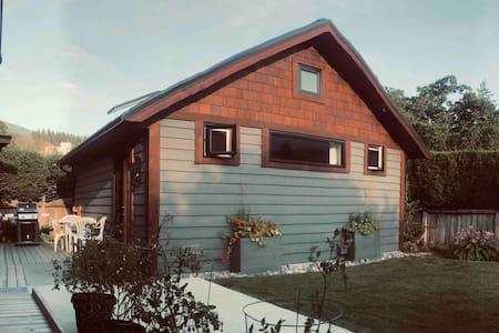 Cabin | Studio with Loft | Accessible | Private