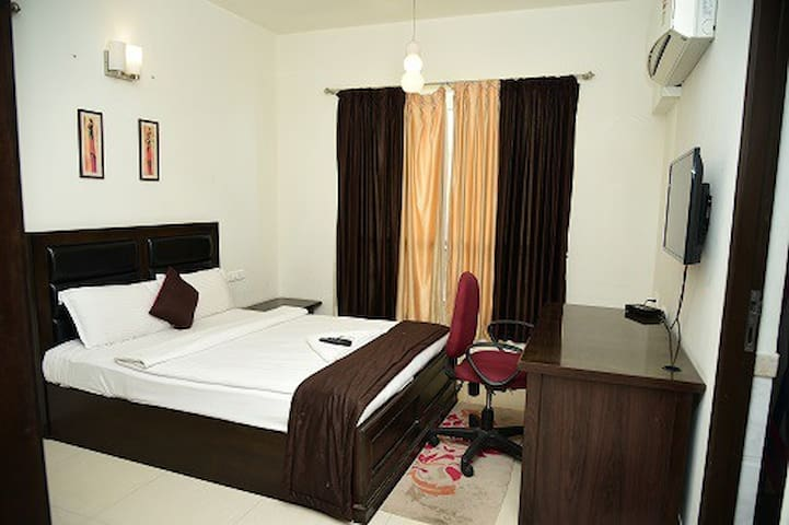 Oragadam Rooms Standard Room Including All Meals