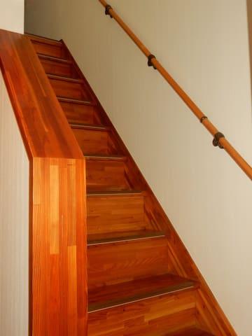 2階への階段 staircase
