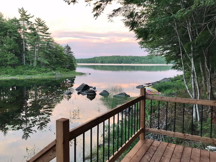 #black_rattle_lakehouse