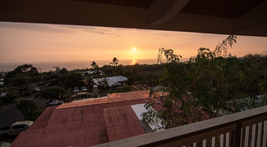 Private room in the heart of Kona Town. - Kailua-Kona - Appartement