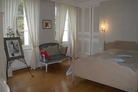 Chambre de charme près de Giverny - Cahaignes