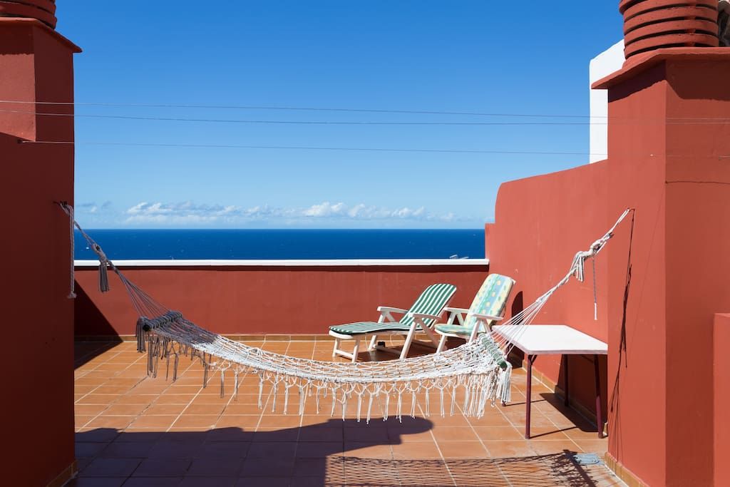 Put a mattress on the hammock and have a first row seat for the specatular scenes of the the sun setting over the island La Gomera.
