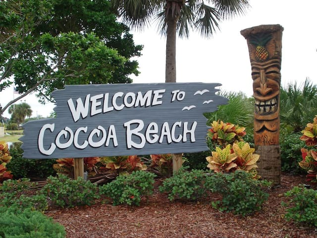 Sara's Cocoa Beach Guidebook