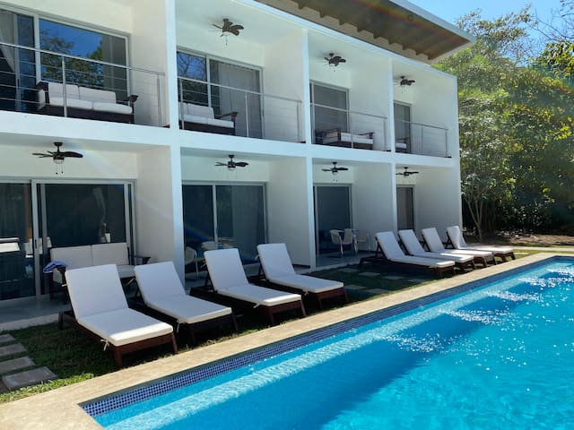 RideOn! Beach House. Playa Guiones! Dorm room/4