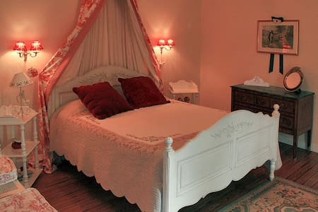 Chambre Mathilde - Penzion (B&B)