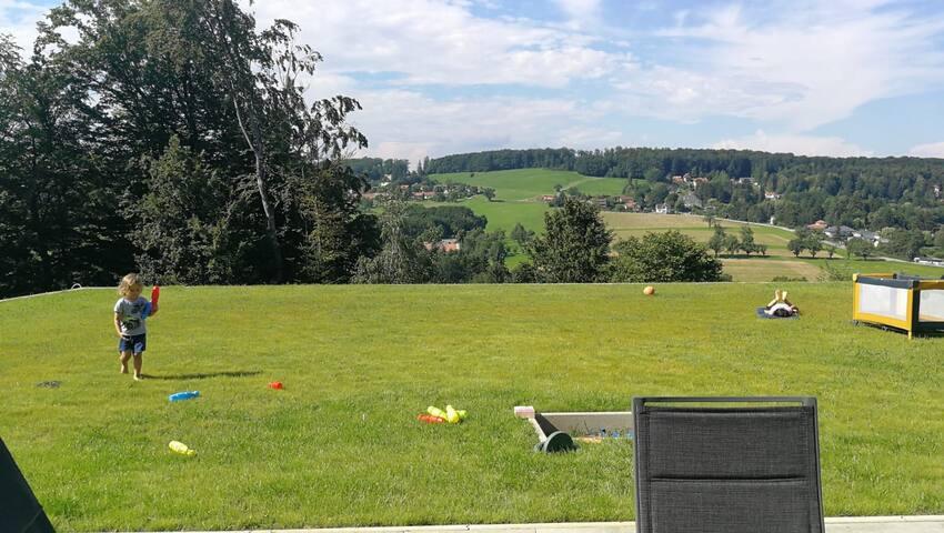 Familienfreundliche Gartenwohnung im Wienerwald