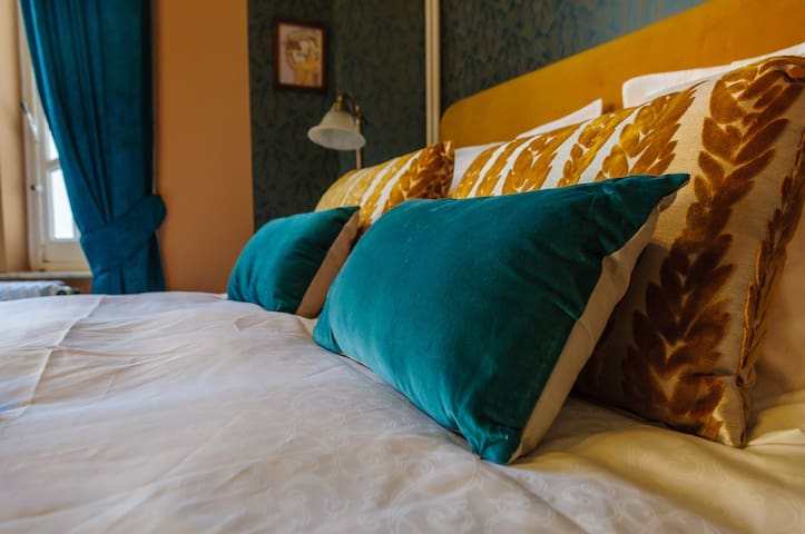 Balat room : the most beautiful view of Namur - Namur - Bed & Breakfast