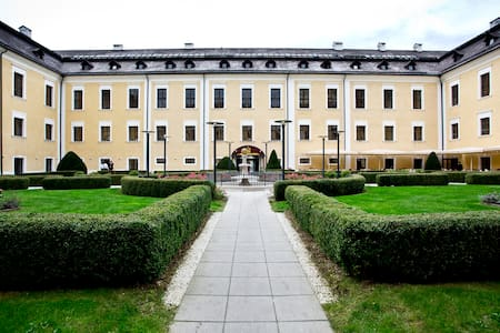 Holiday/Flat in a castle near Salzb - Castle