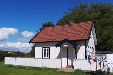 Small Cottage near the beach at Koster - Sydkoster  - 一軒家