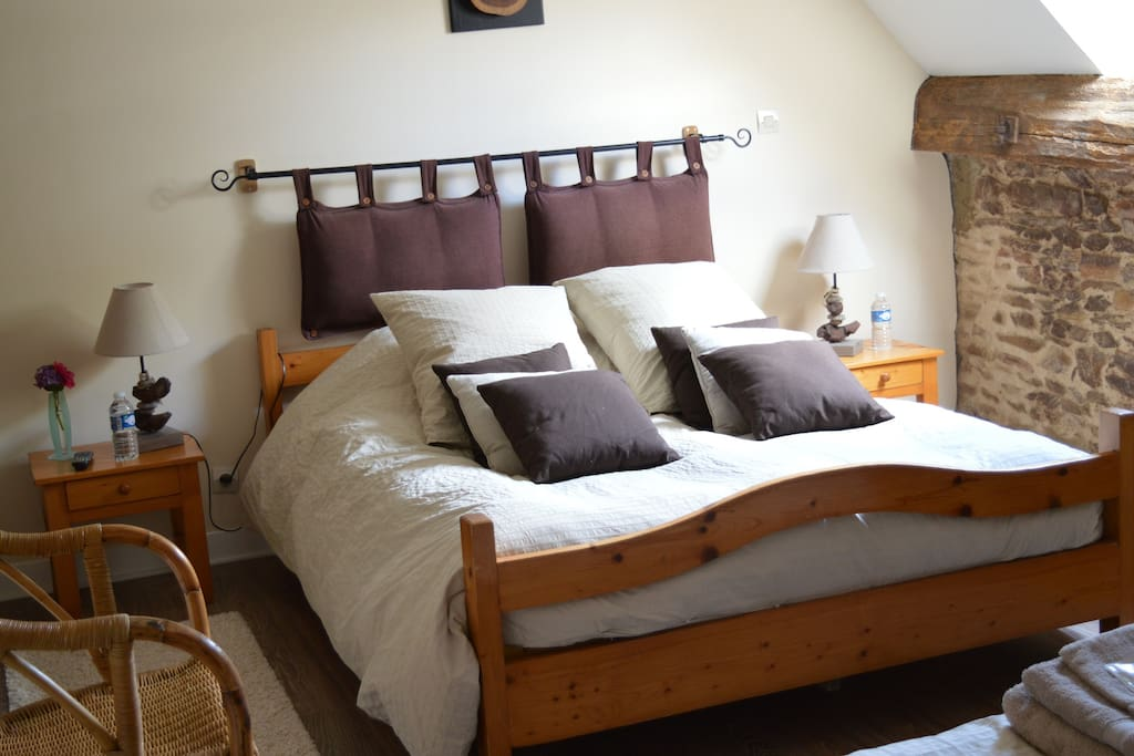 Chambre Hirondelle Gite De La Cour Guesthouse For Rent