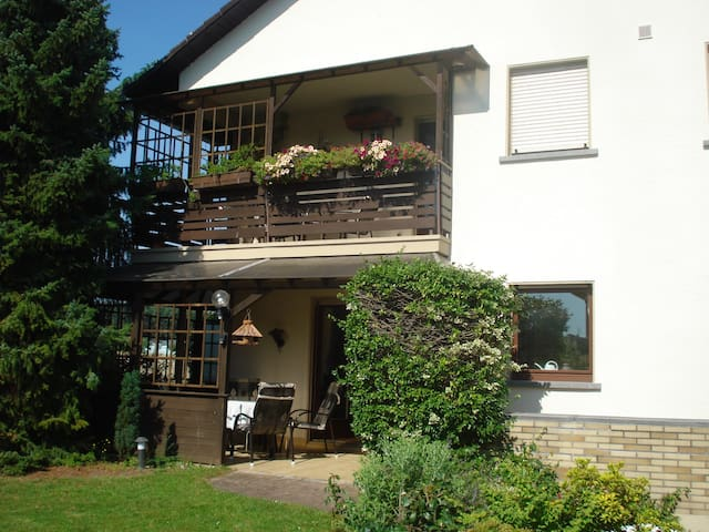 Quiet apartment near Frankfurt!!! - Mainhausen - Pis
