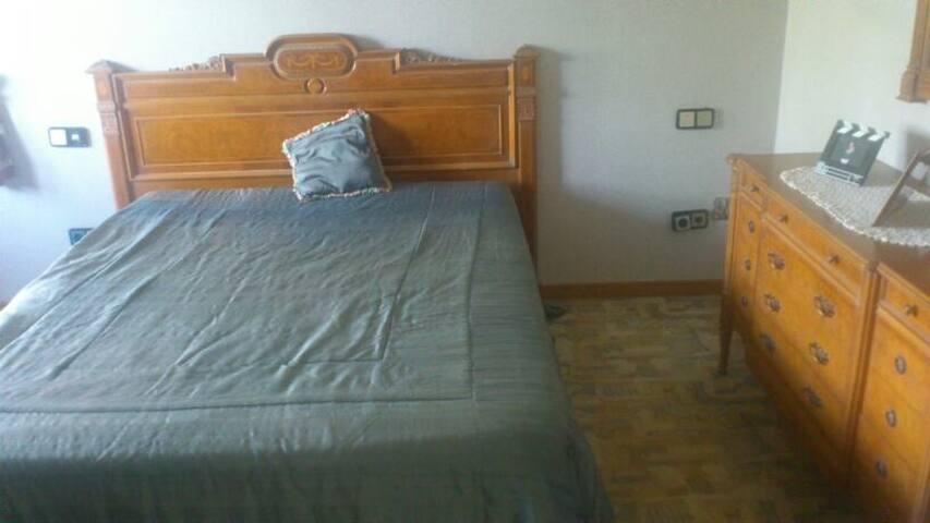 Habitación doble en Chalet - Pozuelo - Casa