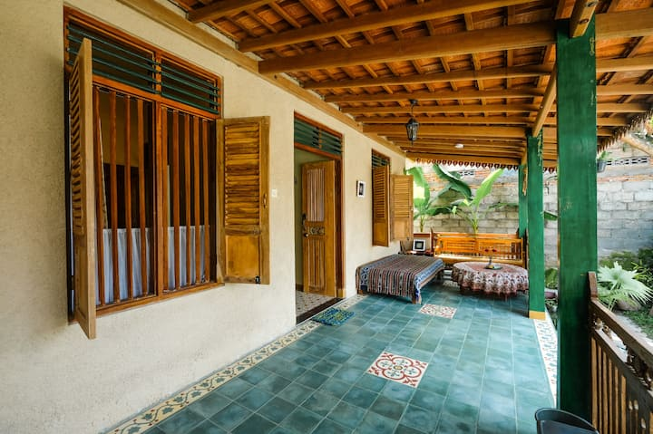 *PROMO* 3BR House w/ Wifi at Pondok Toemaritis 1