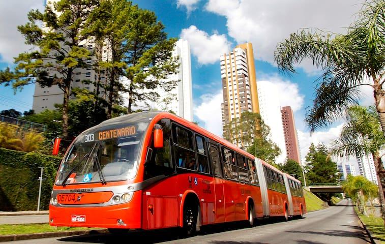 Tolle Lage direkt neben dem Bacacheri Park - Curitiba - Wohnung