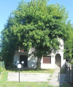 Casa tranquilla in centro storico - Piove di Sacco - Huis